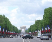 champs-elysees-8