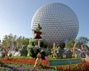 Disney Worlds Magic Kingdom (2)